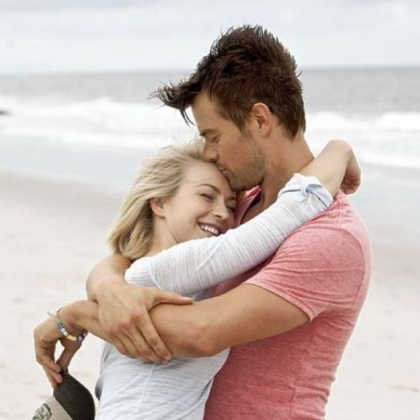 Julianne Hough and Josh Duhamel star in &quot;Safe Haven,&quot; based on the novel by Nicholas Sparks.