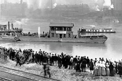 1904: The little house where H.J. Heinz founded his company is floated down the Allegheny River from its original location in Sharpsburg to Pittsburgh.