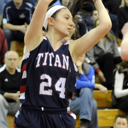 Shaler's Andrea Lydon looks to pass the ball against Chartiers Valley.
