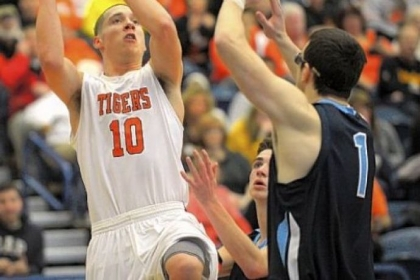 Drew Cook paced Beaver Falls with 20 points in its Class AA win Saturday.