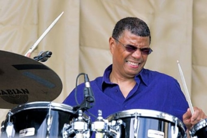 Drummer Jack DeJohnette and four backing musicians go long at Manchester Craftsman's Guild Jazz Hall.