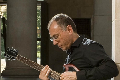 Guitarist and college professor John Marcinizyn will be performing at Downtown&#039;s Fairmont hotel starting at 7:30 tonight.