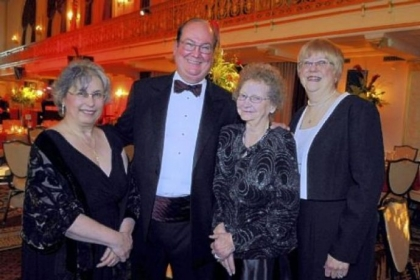Nurses Pauline Amaismeier, Marjorie Montanari, and Barbara Spier, with Jim Garraux.
