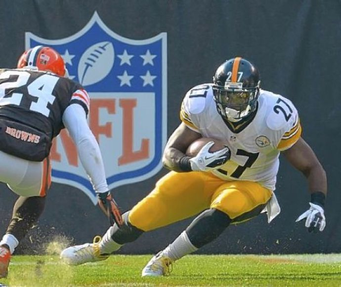 Steelers make offers to four restricted free agents