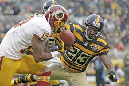 Washington Redskins wide receiver Dezmon Briscoe cannot hold on to a pass as former Steelers cornerback Keenan Lewis defends during a game last season at Heinz Field.