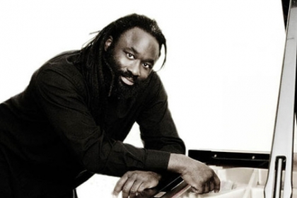 Pianist Awadagin Pratt will perform next Sunday at Carnegie Mellon University's Kresge Theatre.