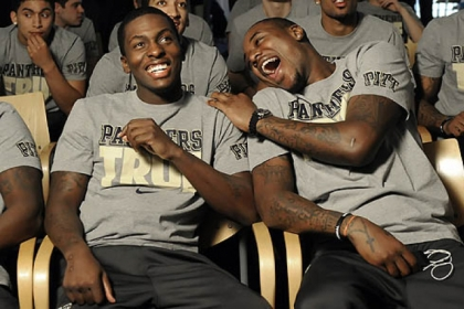 Tray Woodall and Dante Taylor joke at the Petersen Events Center Sunday as they wait to see what their team&#039;s seeding will be in the NCAA tournament.