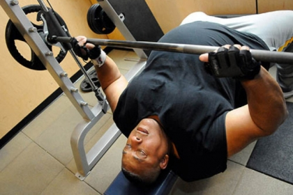 Jerry &quot;Zeus&quot; Horton, 62, of Wilkinsburg, works out at Urban Active Fitness in Bakery Square.