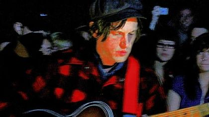 Jeff Mangum, who came to fame with Neutral Milk Hotel and the album &quot;In the Aeroplane Over the Sea,&quot; in the late 1990s, will perform at Carnegie Music Hall tonight as part of The Warhol Museum&#039;s Sound Series.