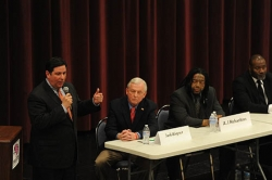 Pittsburgh&#039;s Democratic mayoral hopefuls debate issues